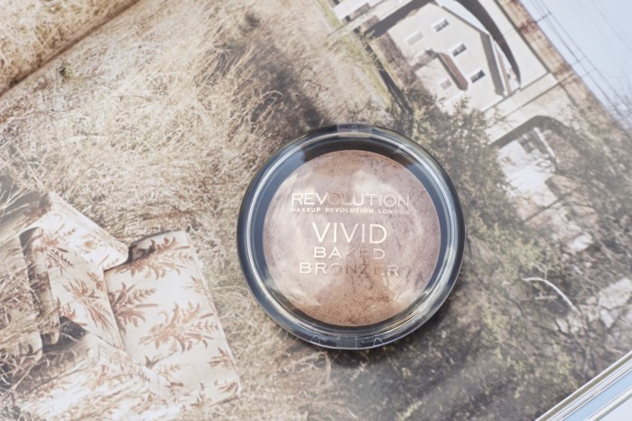 Made From Beauty 5 Under £5: Complexion Makeup Revolution Baked Bronzer Ready to go