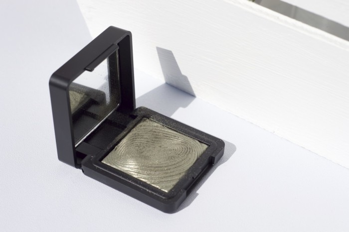 Made From Beauty- Brand Focus Kiko- Water Eye Shadow Open