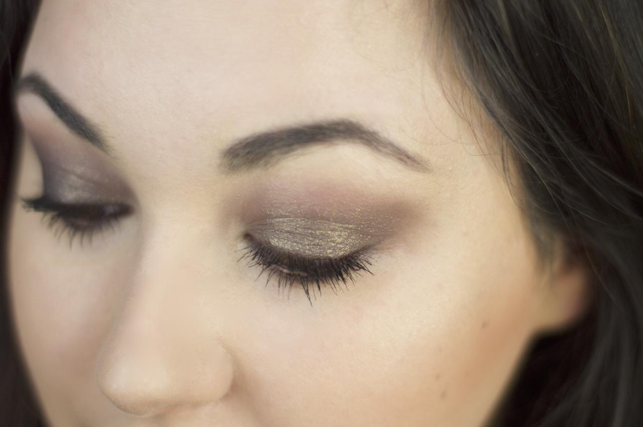Made From Beauty Charlotte Tilbury nocturnal cat eyes to hypnotise the huntress + amber moon finished look