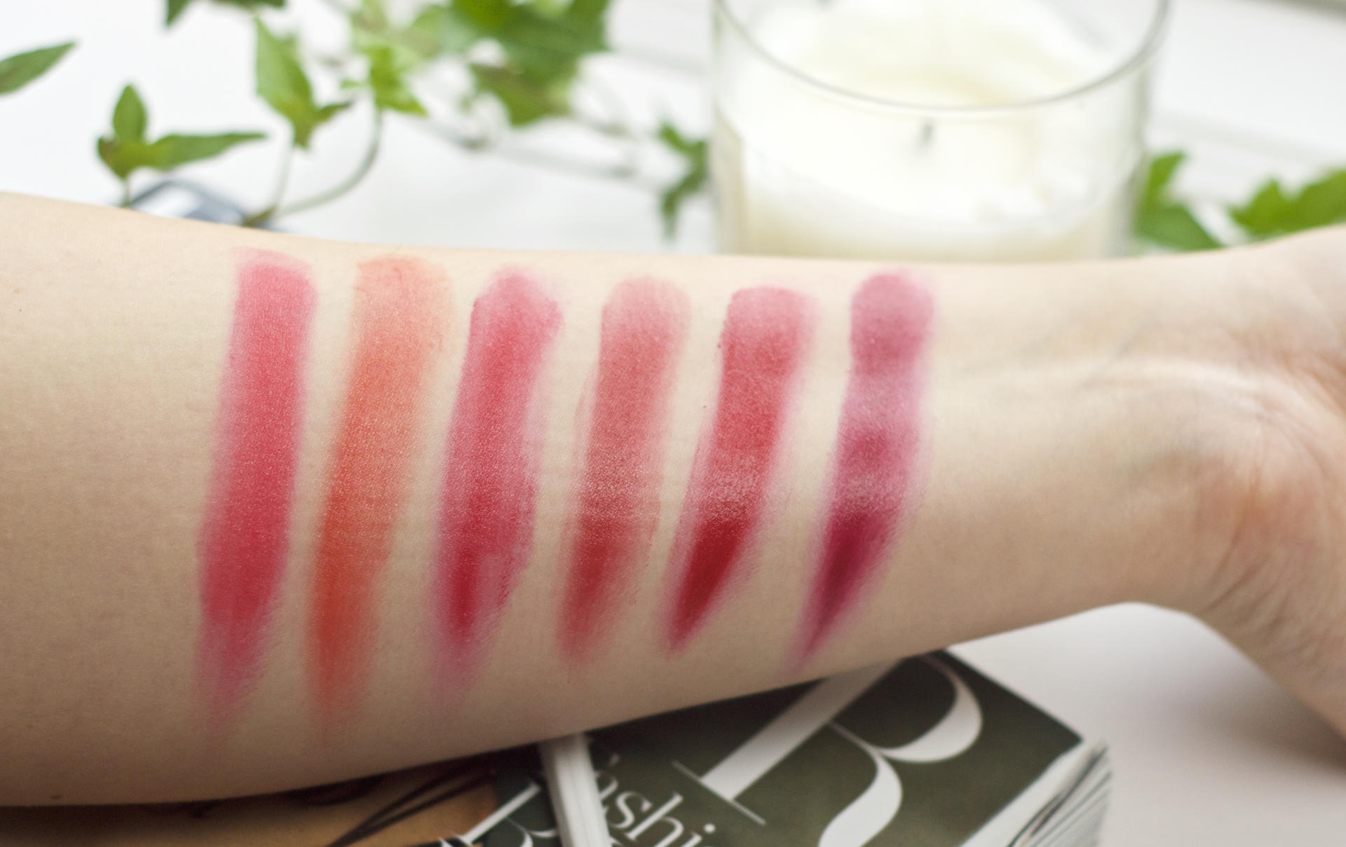 Made From Beauty L'Oréal Color Riche Lip Palette Red Swatch