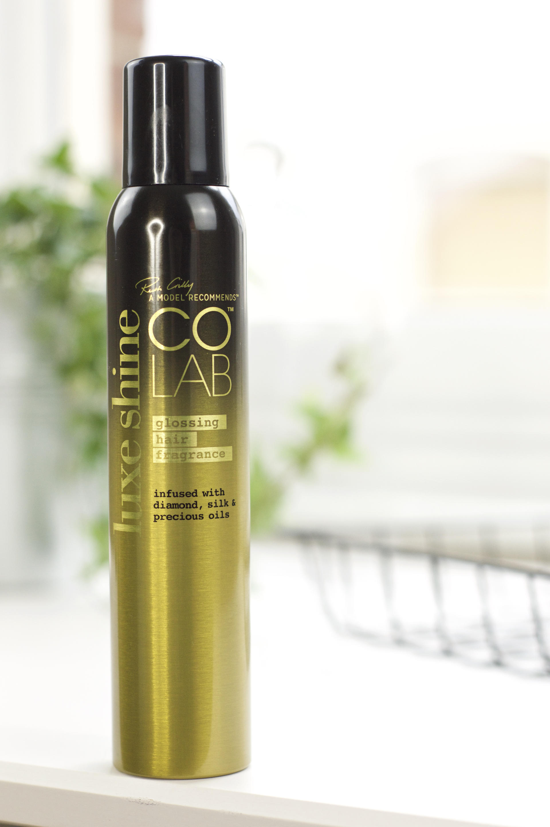 Winter Hair Saviour: The COLAB Luxe Shine Glossing Hair Fragrance