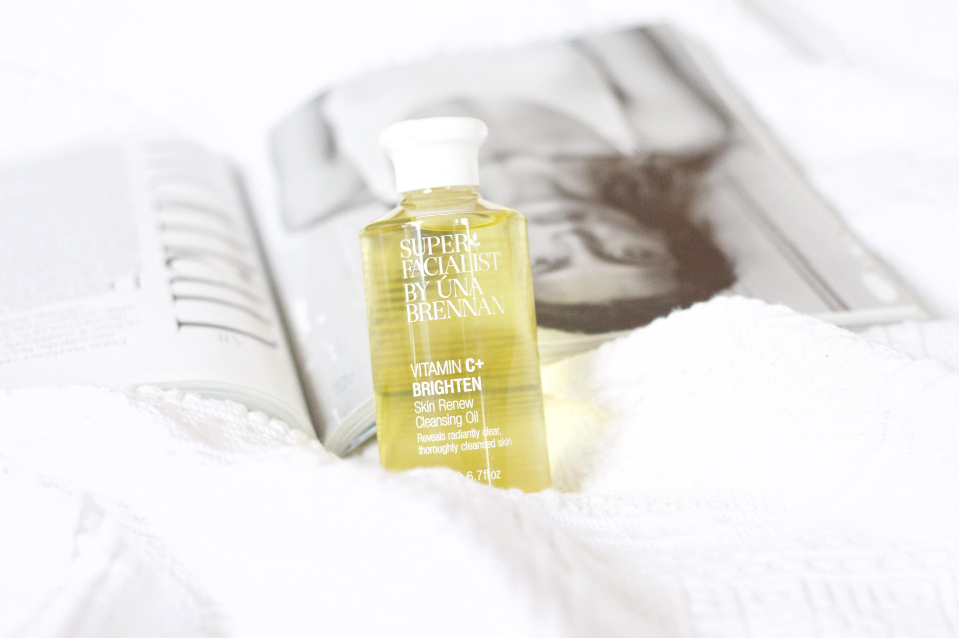 Made From Beauty The Una Brennan Superfacialist Vitamin C Skin Renew Cleansing Oil