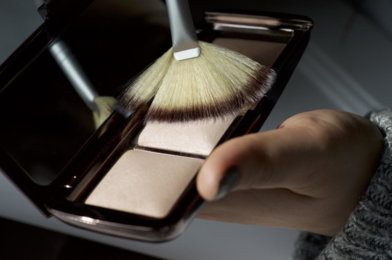 Made From Beauty The Hourglass Ambient Lighting Palette