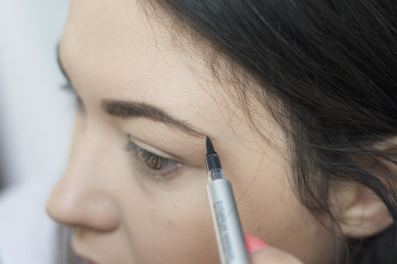 Made From Beauty KIKO yebrow Marker in shade 04 Blackhaired