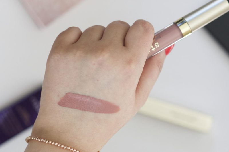 tila Stay All Day Liquid Lipstick in Caramello Swatch