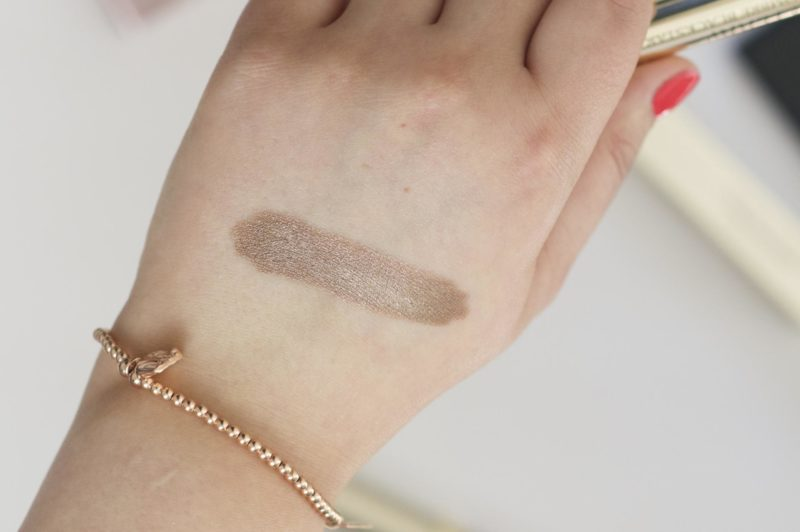By Terry Ombre Blackstar shadow stick in 4 Bronze Moon Swatch