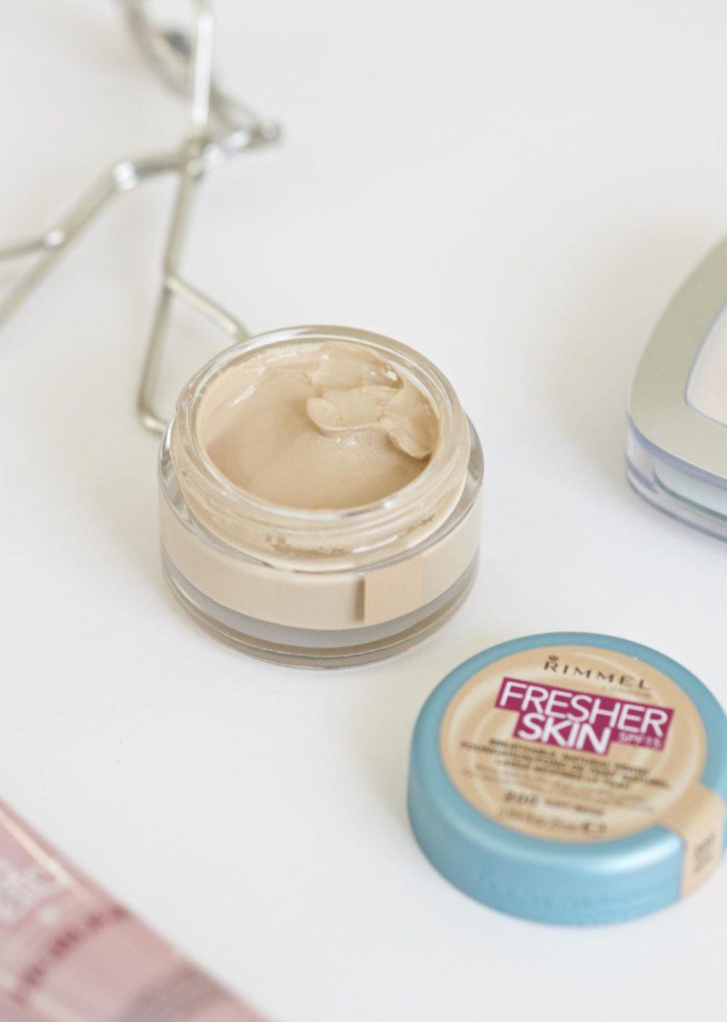 Rimmel Fresher Skin Foundation Texture