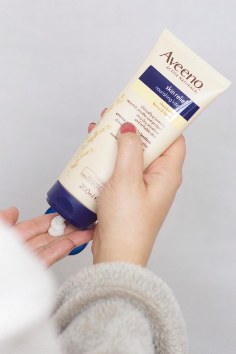 Aveeno Skin Relief Moisturising Lotion with Shea Butter Review