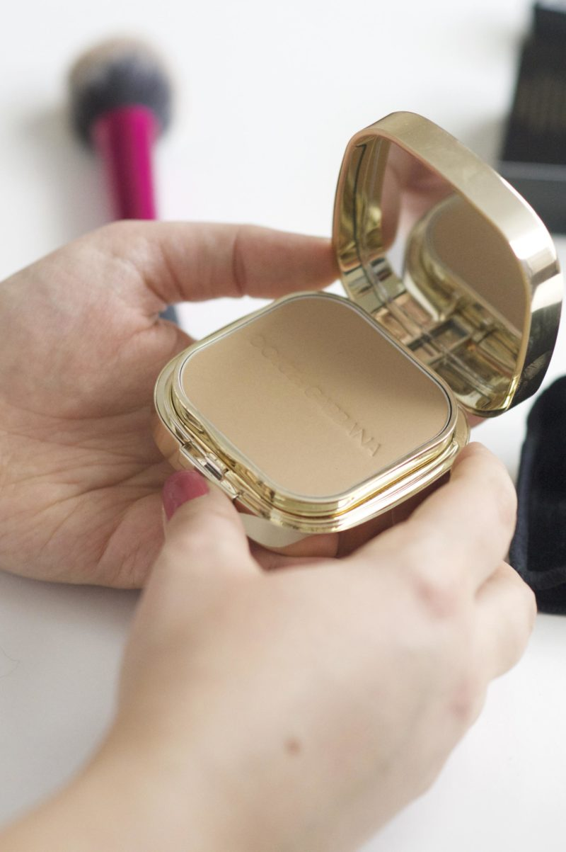 Dolce and Gabbana Perfect Finish Powder Foundation Review