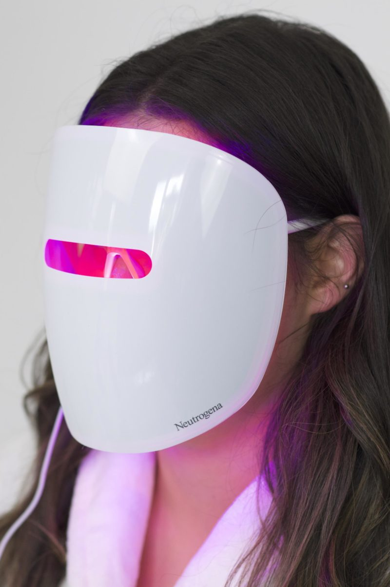 Neutrogena Light Therapy Acne Mask Review