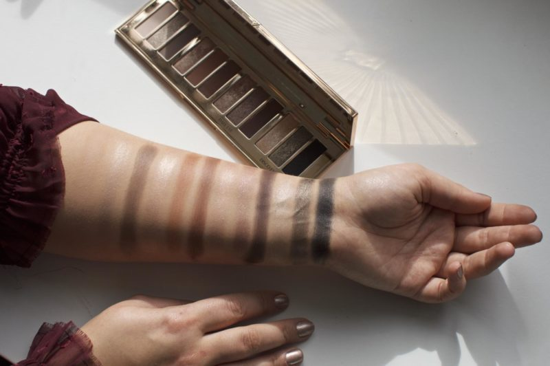 The Charlotte Tilbury Instant Eye Palette Swatches